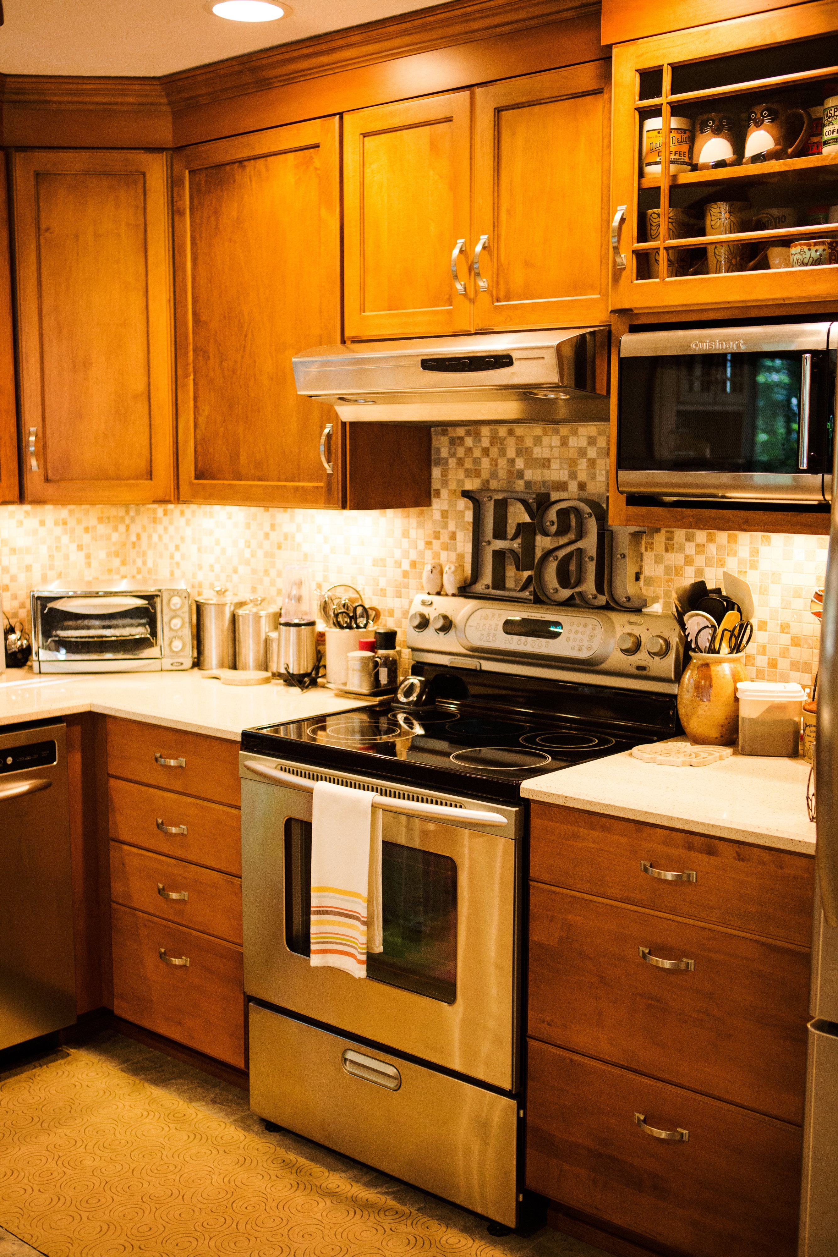 Uncategorized Kitchen Appliances Cardiff kitchen renovations cabinetry by design llc maple quartz
