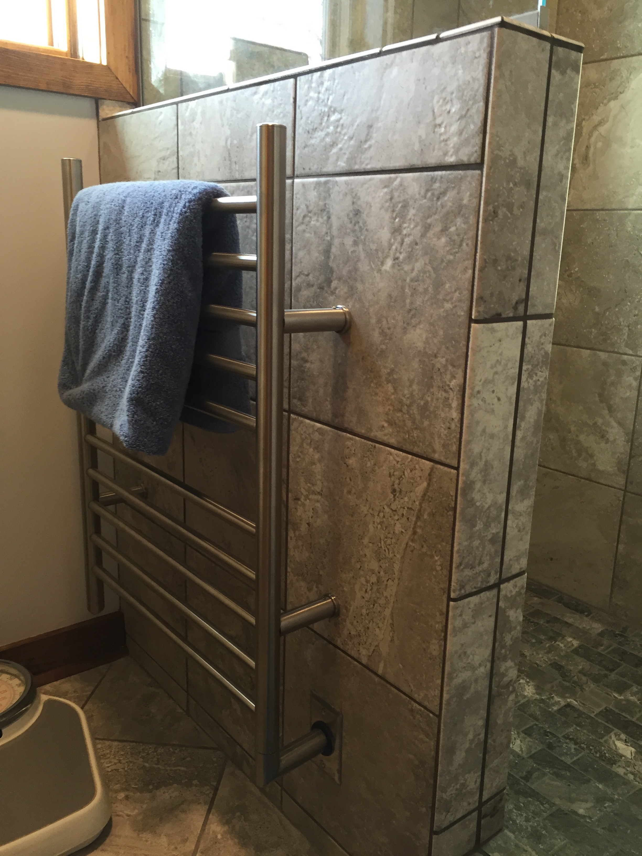 heated towel bar-squashed