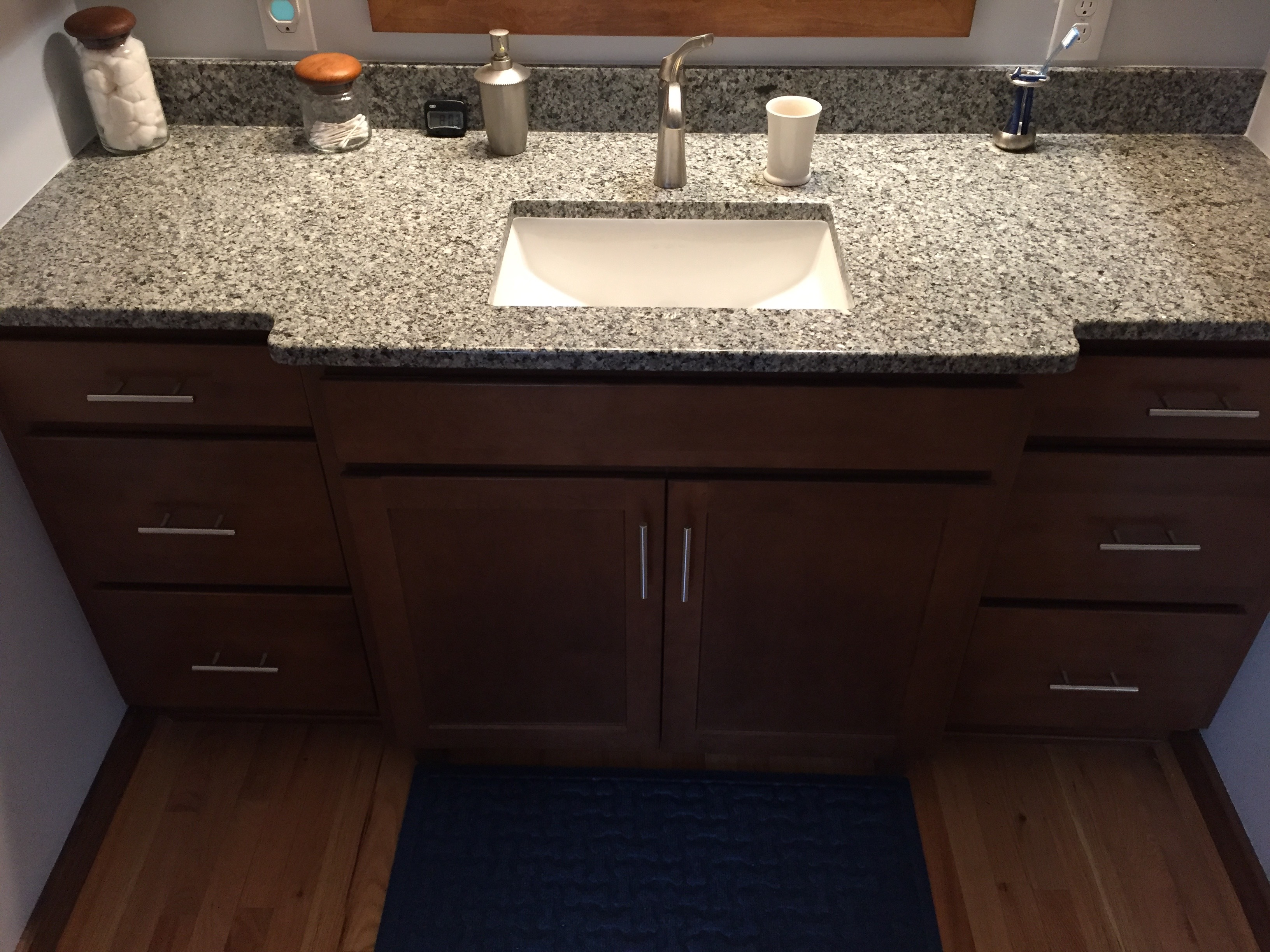 04.Granite vanity w.bump out-squashed